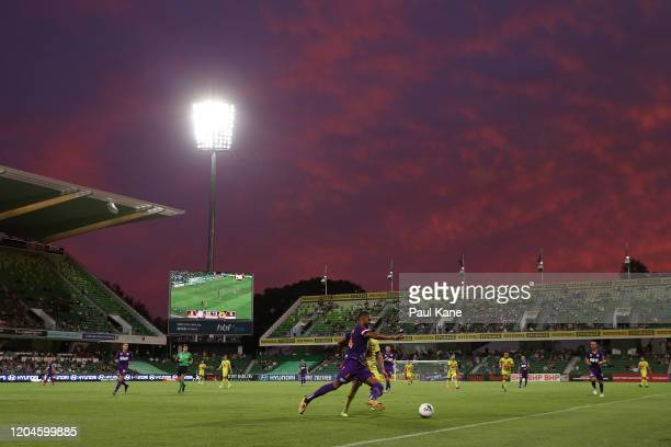 Gregory Wuthrich of the Glory in action during the round 18 ALeague match between the Perth Glory and the Wellington Phoenix at HBF Park on February...