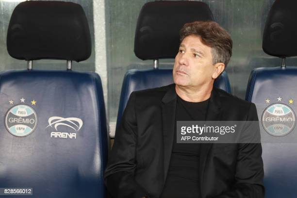 Gremio's coach Renato Gaucho looks at his players during their Copa Libertadores football match against Argentina's Godoy Cruz at the Arena do Gremio...