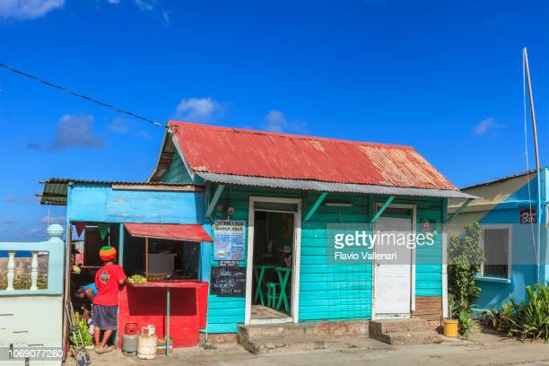 grenada, carriacou - hillsborough - saint vincent and the grenadines stock pictures, royalty-free photos & images