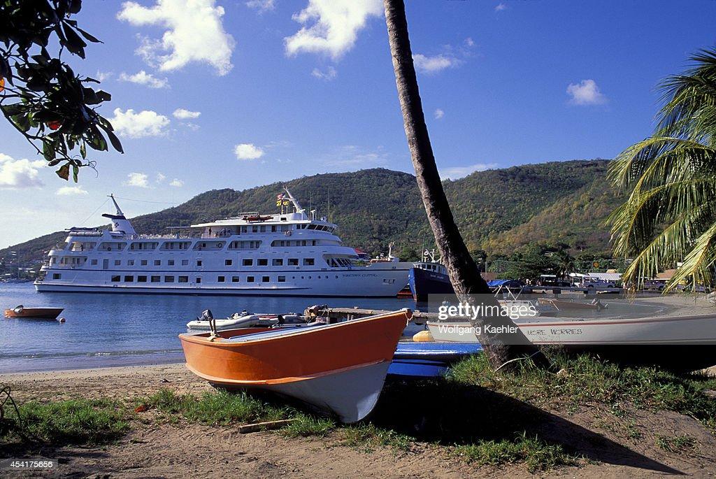 Grenadines Bequia Island Port Elizabeth Cruise Ship Pictures - Cruise ship yorktown