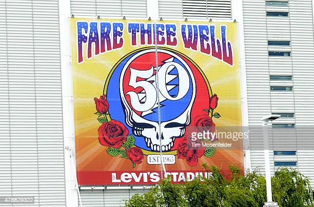 A greneral view of the atmosphere during Fare Thee Well A tribute to The Grateful Dead at Levi's Stadium on June 27 2015 in Santa Clara California