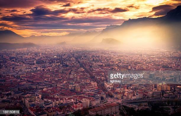grenoble cityscape - grenoble stockfoto's en -beelden