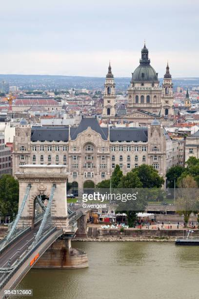 gresham palace in budapest - gwengoat stock pictures, royalty-free photos & images