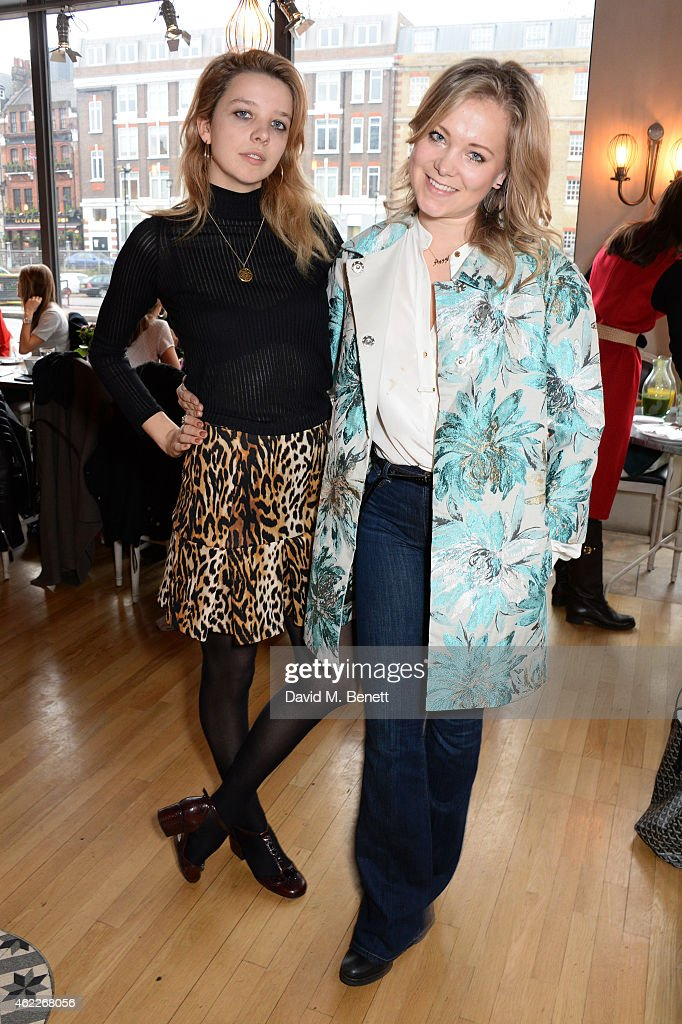 "Poppy Jamie & Greta Bellamacina Host ""Affirmation Mondays"" : News Photo"