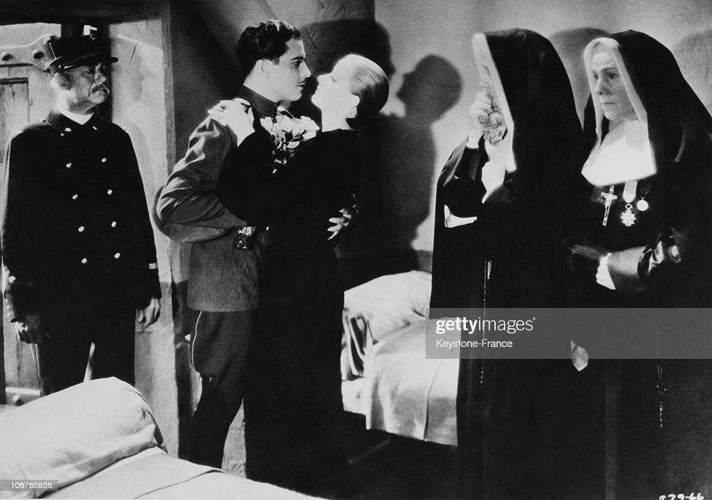 Greta Garbo As Mata Hari. 1931 : ニュース写真