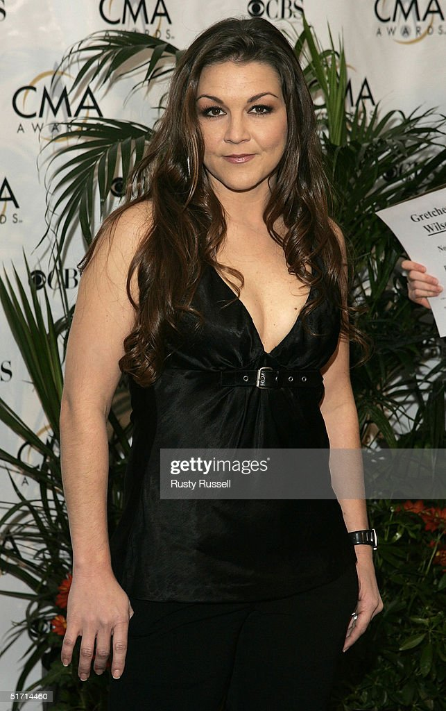 Gretchen Wilson arrives at the 38th Annual CMA Awards at the Grand Ole Opry House November 9, 2004 in Nashville, Tennessee.