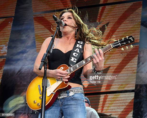 Gretchen Wilson performs during Farm Aid 2009 at the Verizon Wireless Amphitheater on October 4 2009 in St Louis Missouri