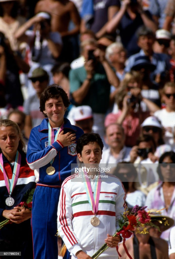 Women's Track Marathon Medal Ceremony At The 1984 Summer Olympics : News Photo