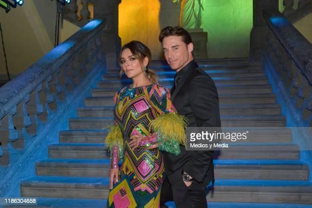 Gretell Valdez and Sebastian Rulli pose for photos during the presentatiion of the serie 'Medicos' latin adaptacion of Greys Anatomy on November 7...