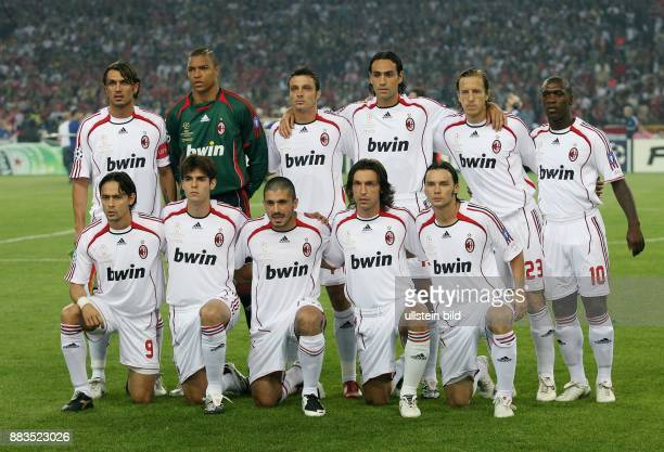 UEFA Champions League Saison 2006/2007 Finale AC Mailand FC Liverpool 21 Mailands Aufstellung hintere Reihe Paolo Maldini Dida Massimo Oddo...