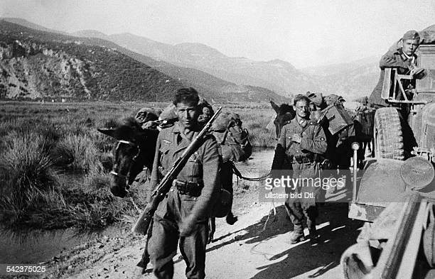 Griechenlandfeldzug : Gebirgsjäger im Engpass der Thermopylenum 24.4.1941
