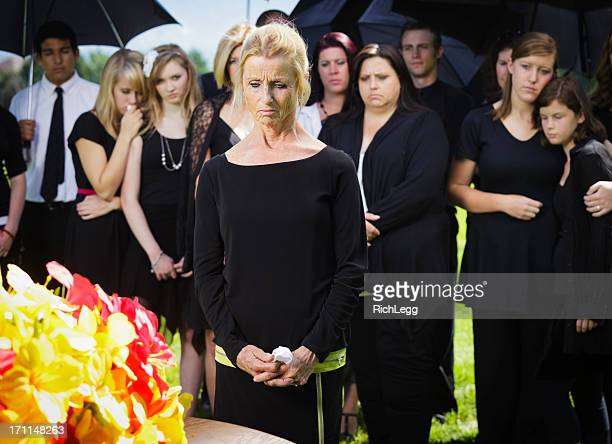 grieving woman - funeral photos stock photos and pictures