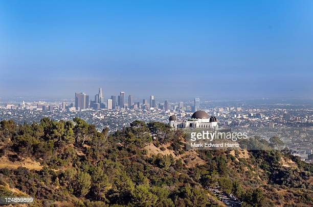 griffith park observatory and downtown los angeles - griffith park stock pictures, royalty-free photos & images