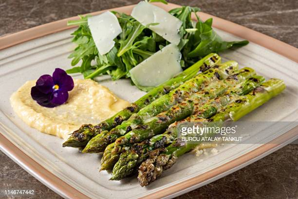 grilled asparagus - asparagus stock pictures, royalty-free photos & images
