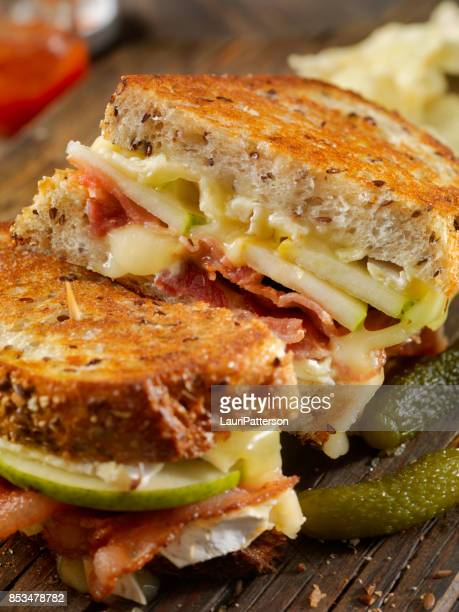 Grilled Cheese Sandwich with Bacon, Brie and Pear