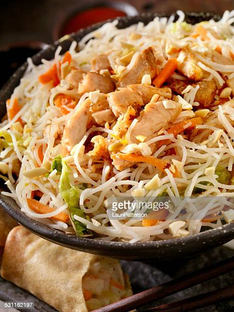 Grilled Chicken and rice noodles