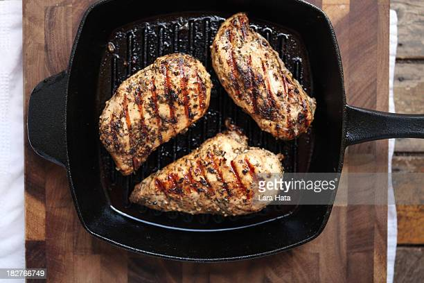 grilled chicken breasts - chicken stock pictures, royalty-free photos & images