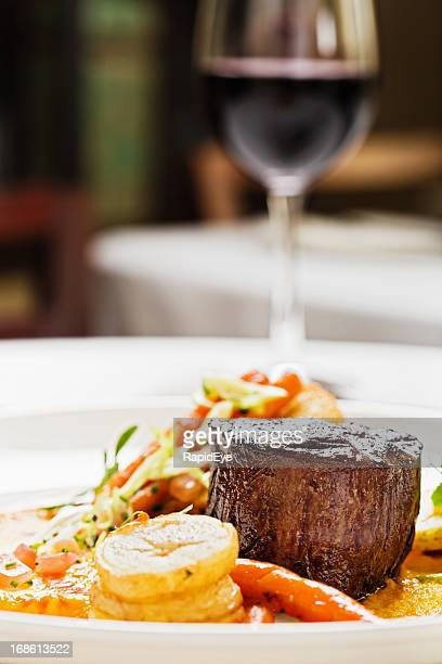 Grilled fillet steak, vegetables, red wine: the perfect restaurant meal
