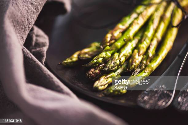 grilled green asparagus - asparagus stock pictures, royalty-free photos & images