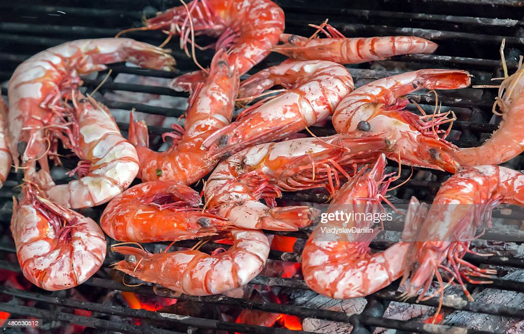grilled or barbecued big shrimps : Stock Photo