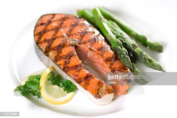 Grilled salmon and asparagus for dinner