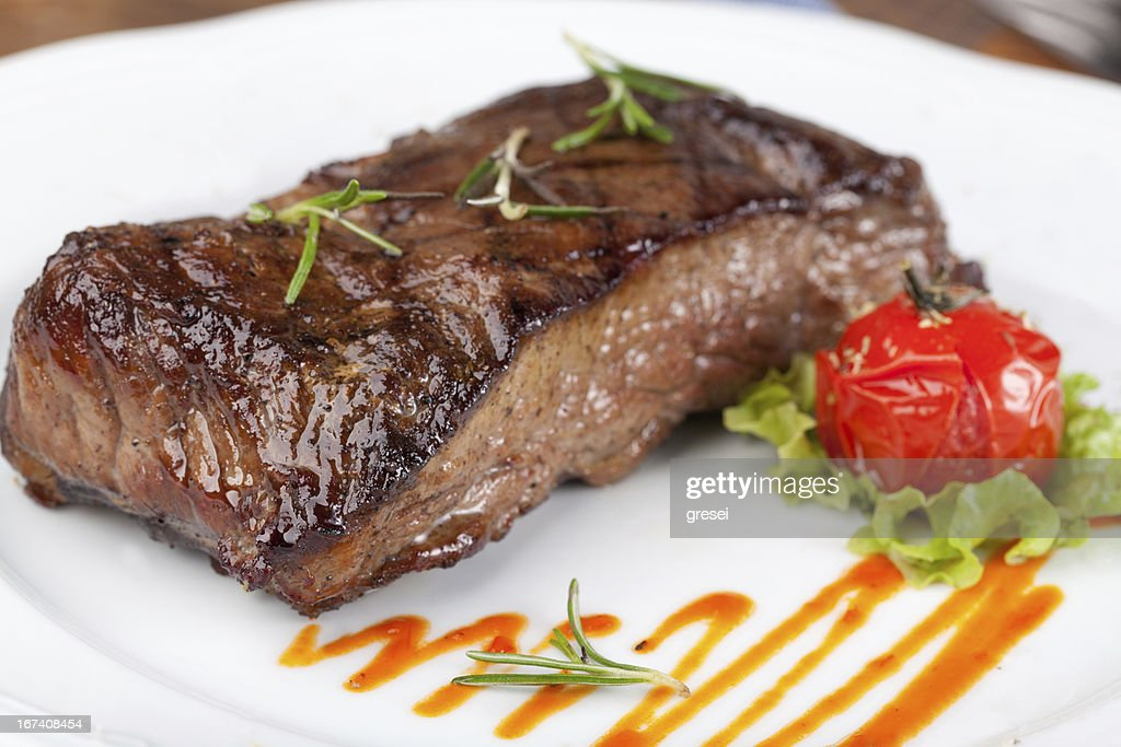Grilled steak : Bildbanksbilder