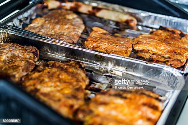 grilling - speisen stock pictures, royalty-free photos & images