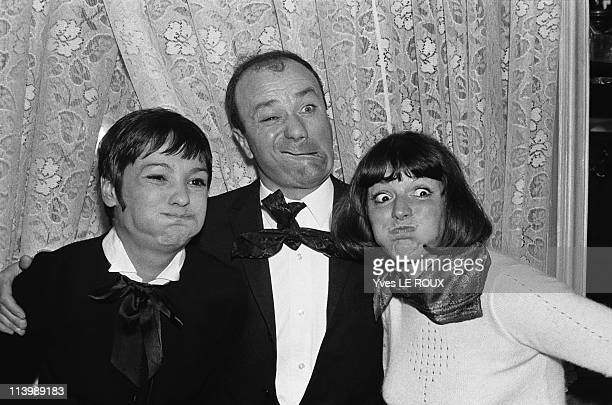 Grimaces contest in Paris France in May 1968 AnneMarie Peysson Fernand Raynaud and Suzanne Gabriello