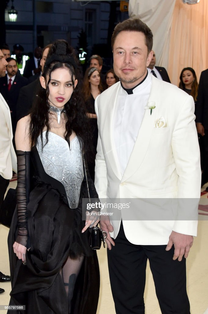 Heavenly Bodies: Fashion & The Catholic Imagination Costume Institute Gala - Arrivals : Nyhetsfoto