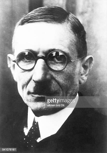 Grimm Hans *22031875Schriftsteller Publizist D Portrait 1933