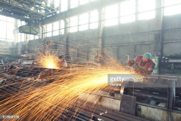 grinding huge steels beams