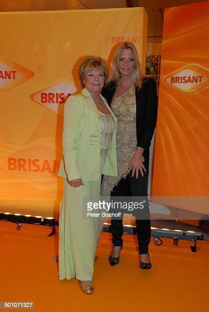 Grit Boettcher Tochter Nicole BelstlerBoettcher MDR Brisant Brillant 2007 Verleihung München Bayern Deutschland Europa Preis Auszeichnung roter...