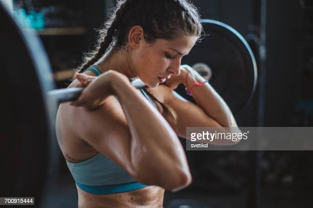 gritty women - weight stock pictures, royalty-free photos & images