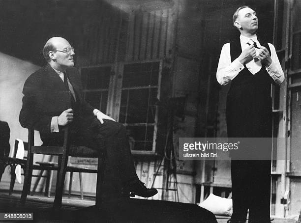 Gründgens Gustaf *22121899 Director Actor Germany at a dress rehearsal with Theo Lingen 1939 Photographer Charlotte Willott Published by 'Deutsche...