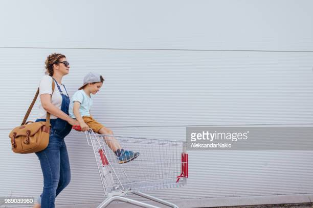 grocery shopping - grocery shopping stock photos and pictures