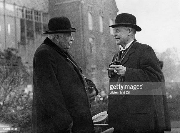 Groener, Wilhelm - Politician, General, Germany*22.11.1867-+- talking to Dietrich von Oertzen - Photographer: Kurt Hübschmann- Published by: 'Tempo'...