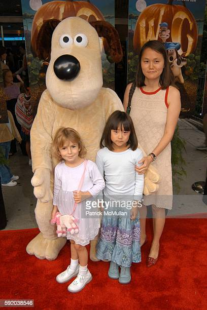 Gromet Manzie Tio Allen Bechet Tio Allen and Soon Yi Previn attend The Curse of the WereRabbit Premiere at Chelsea West Theatre on September 25 2005...