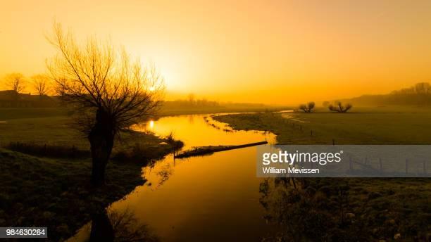 groote molenbeek - william mevissen stockfoto's en -beelden