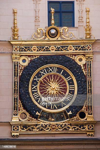 gros horloge (big clock). - rouen stock pictures, royalty-free photos & images