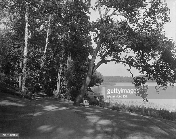 1872 1941 Grossindustrieller Heinenhof Potsdam Landsitz Carl Friedrich von Siemens der Park 1912 Foto R Siegert