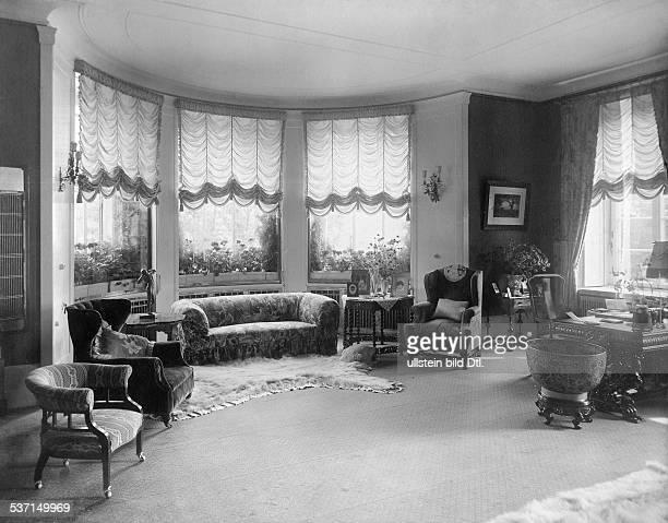1872 1941 Grossindustrieller Heinenhof Potsdam Landsitz Carl Friedrich von Siemens ein Innenraum 1912 Foto R Siegert