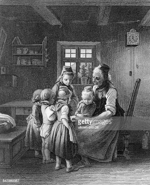 Grossmutter liest ihren Enkel Märchen vor