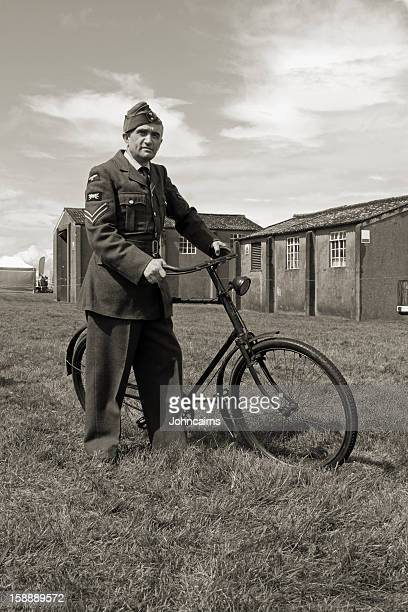 raf ground crew. - dunkirk evacuation stock pictures, royalty-free photos & images