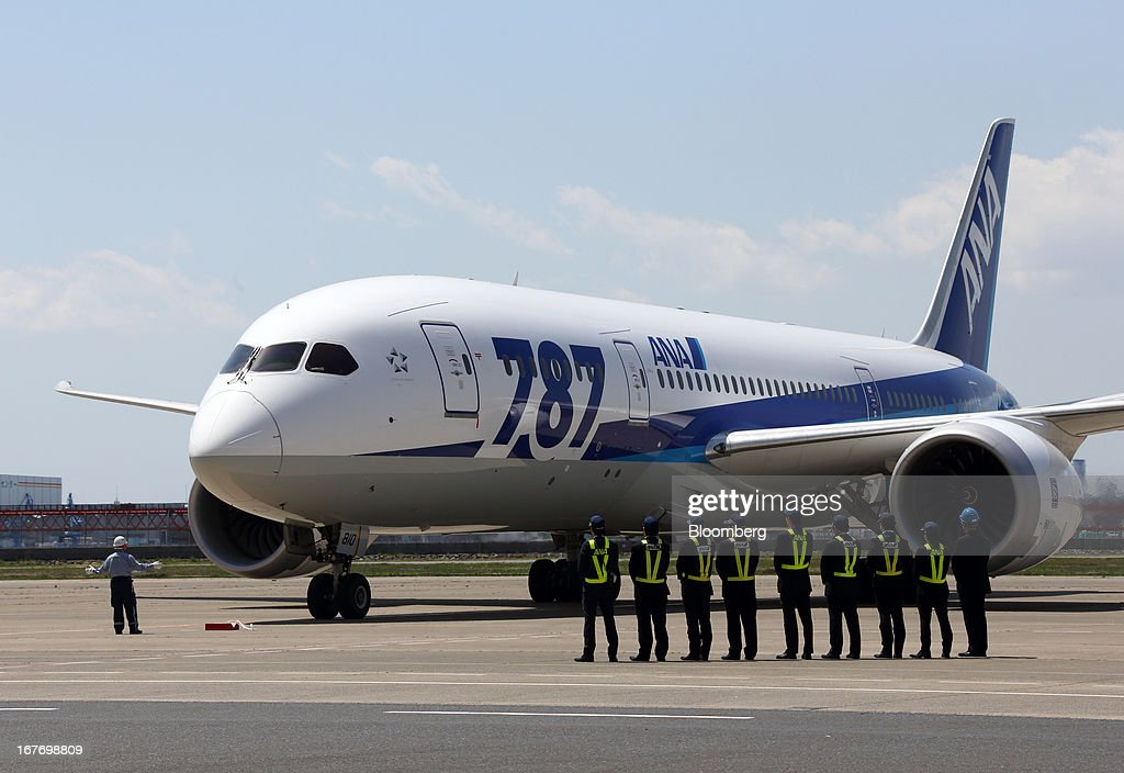 ANA Conducts Test Flight Of Boeing 787 : News Photo