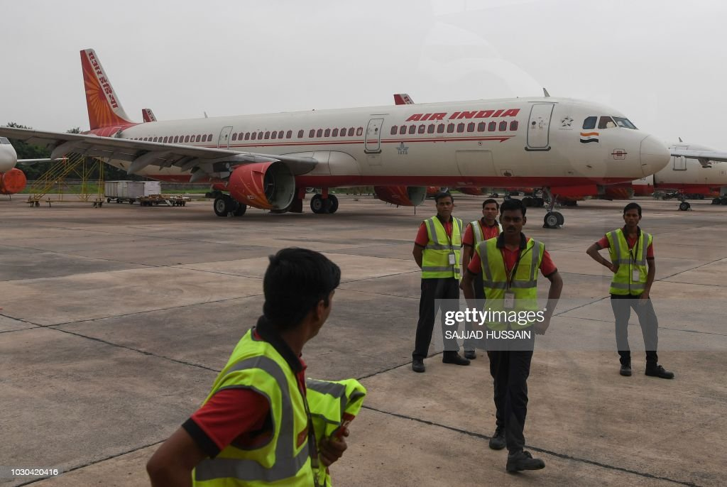 INDIA-ECONOMY-TRANSPORT-AIRLINE : News Photo