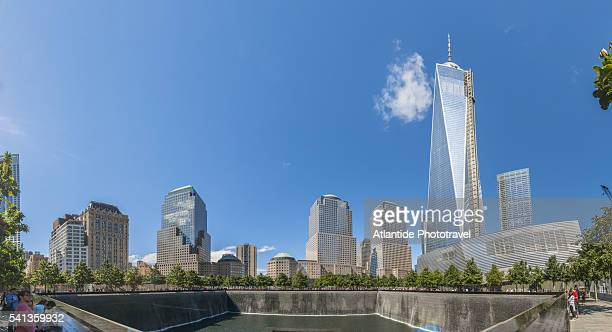 ground zero, september 11 memorial, south pool - one world trade center stock pictures, royalty-free photos & images