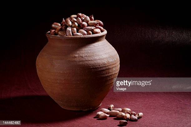 Groundnuts filled in an earthen pot