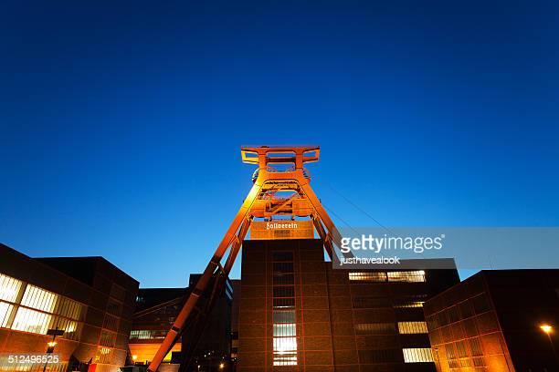 Gelände des Zeche Zollverein bei Nacht