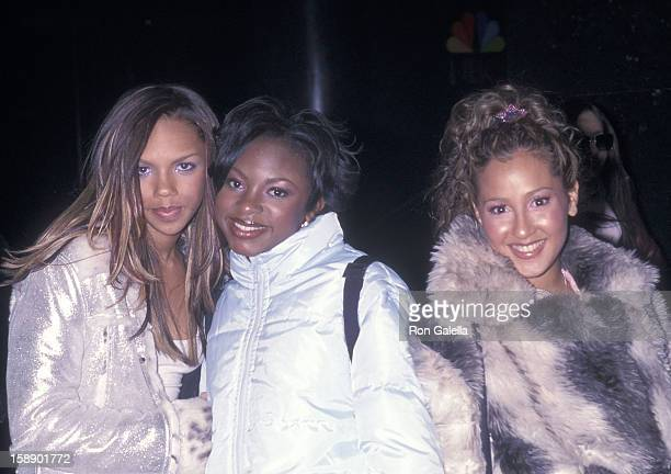 Kiely Williams Naturi Naughton and Adrienne Bailon attend the 16th Annual Rock and Roll Hall of Fame Induction Ceremony on March 19 2001 at the...