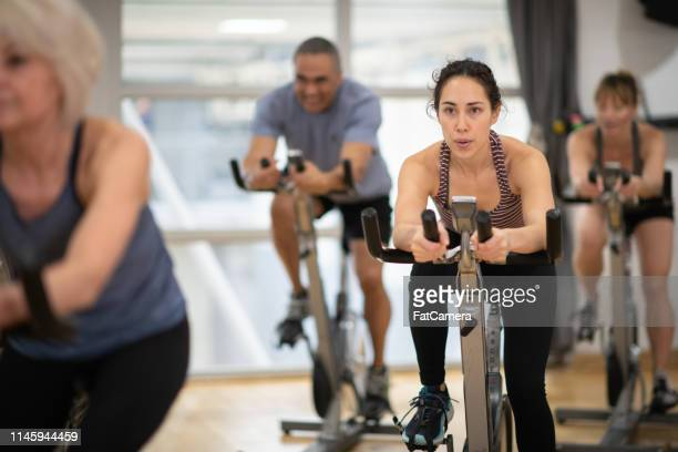 group exercise class - leisure facilities stock pictures, royalty-free photos & images